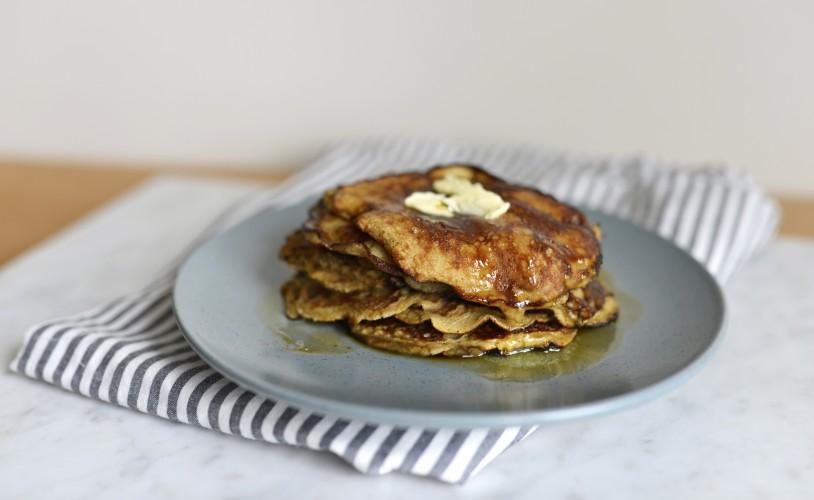 Simple Banana Pancakes For Baby | Ergobaby Blog